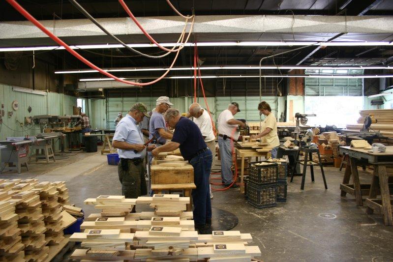 Ashley's Acres: Plans to Build A Peterson Bluebird House